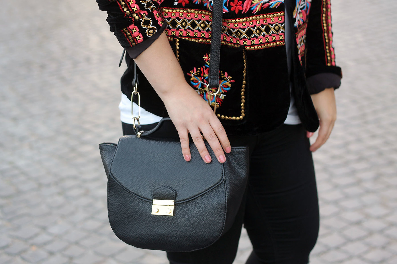 tasche-chloe-drew-lookalike-trend-schwarz-modeblog