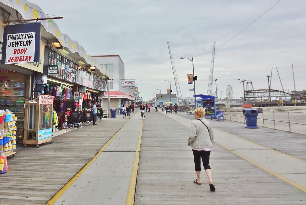 28 Foot Board Walk : Wildwood map cape may county new jersey mapcarta