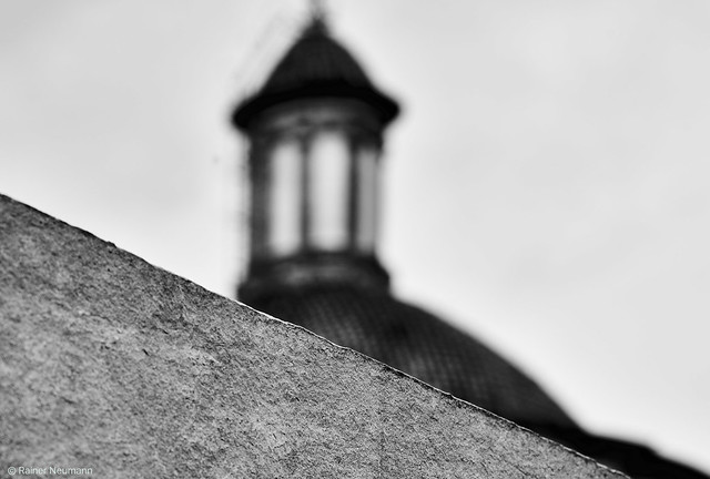 Valencia Kirchturm b&w