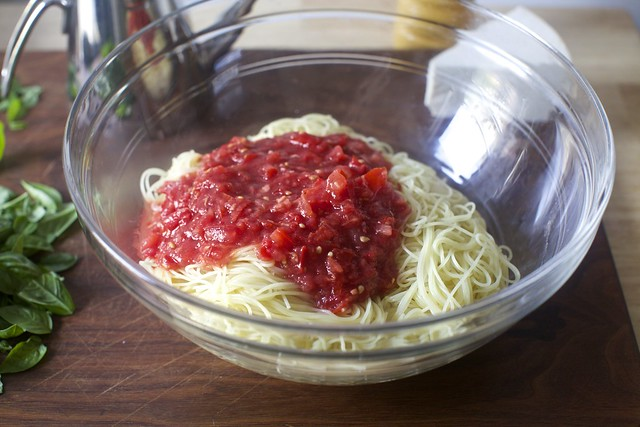 raw tomato sauce + heap of noodles