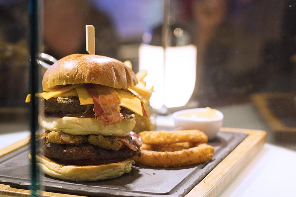 warrior-burger-tgi-fridays