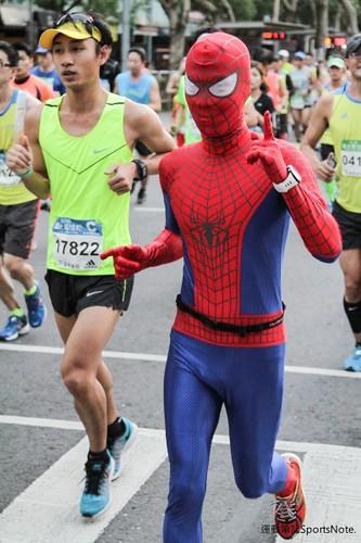Spiderman in Taipei Marathon (3)