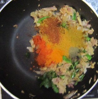 Chicken biriyani steps 8 Add spices