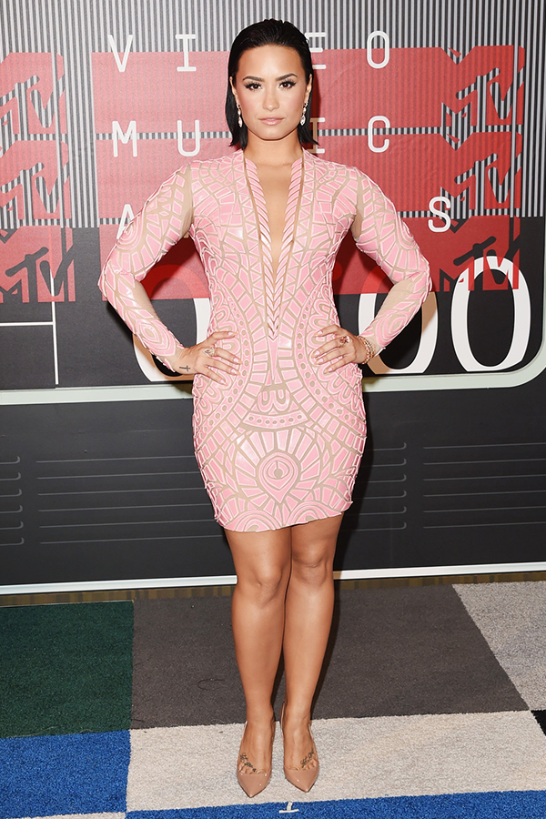 2015 MTV VMA Best Dressed - Demi Lovato in Nicolas Jebran