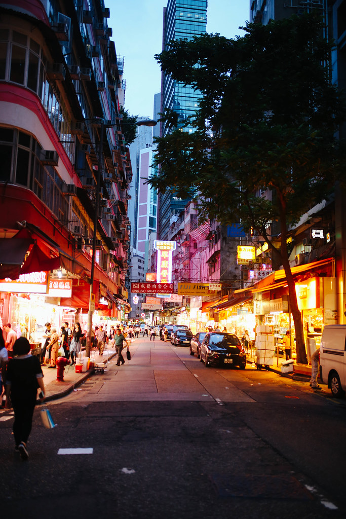 Macau Nightlife - What to Do at Night in Macau
