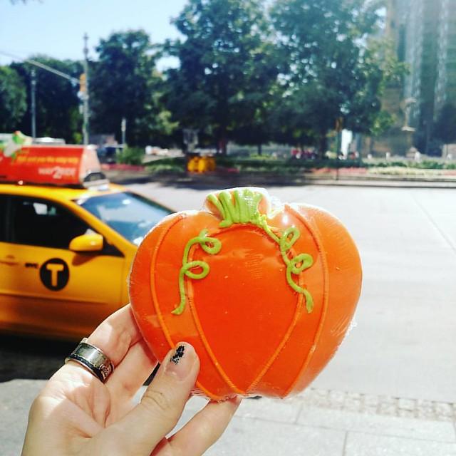 Yeahhhhh, pumpkin cookie!  #pumpkin #halloween #cookie