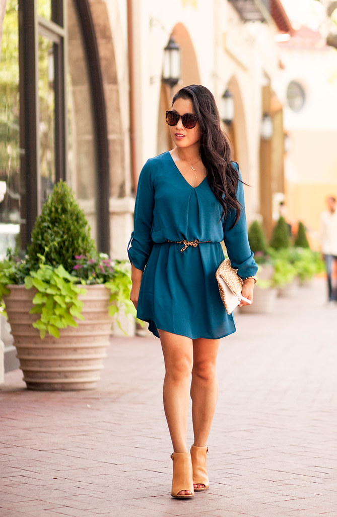 cute & little blog | teal shift dress, leopard belt, clare v leopard haircalf foldover clutch,  lucky brand lisza shooties | fall outfit