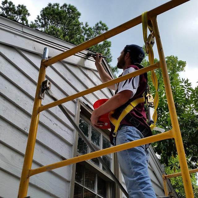 IMG_20150913_104142 2015-09-13 DK Painting Reeder gable paint boss