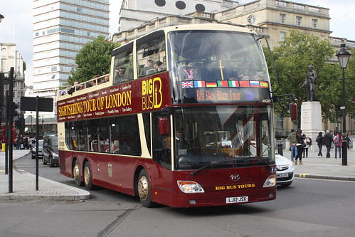 Big Bus Tours AN329 LJ12JSX