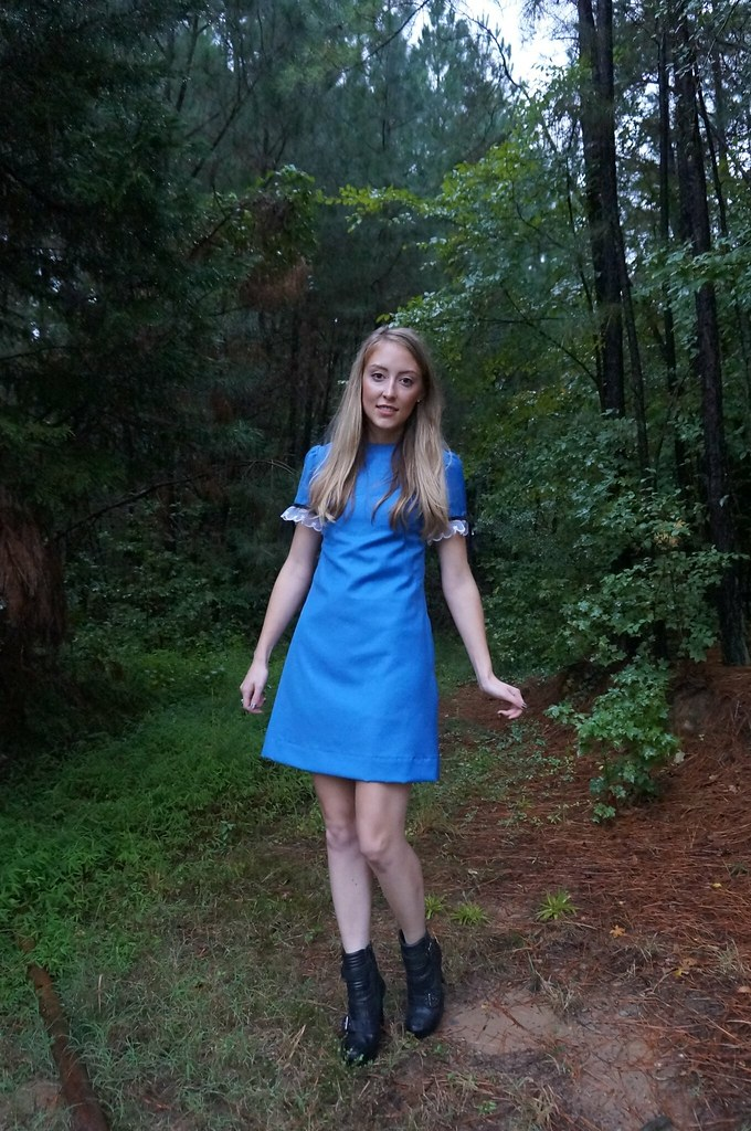 simplicity 7737 in blue wool | allie J. | alliemjackson.com