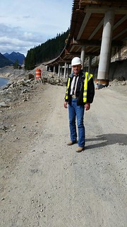 Rep. Tom Dent takes a look at the progress being made on the I-90 Snoqualmie Pass East project