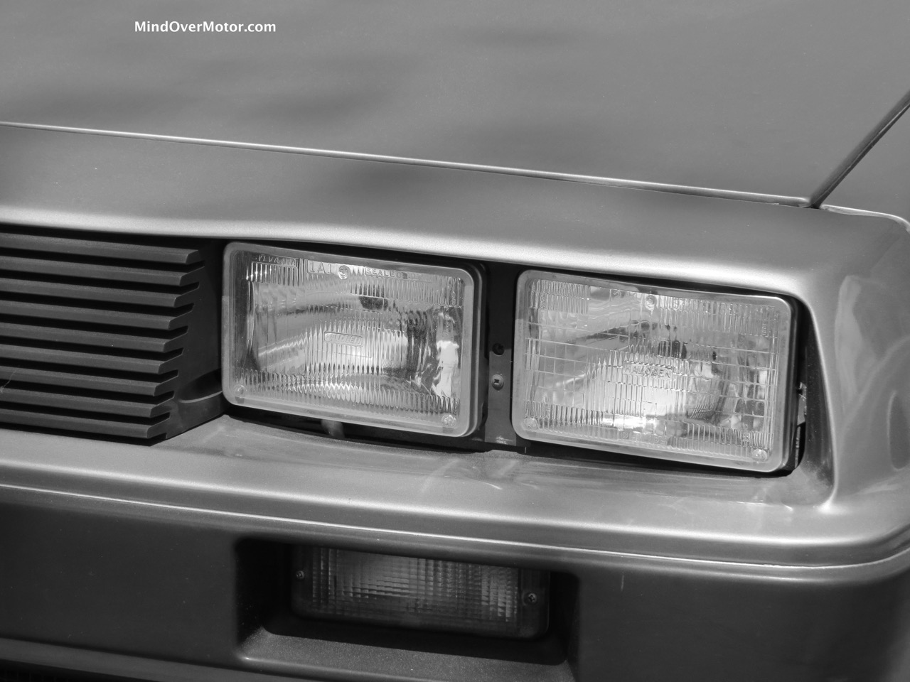 Turbocharged Delorean Lights