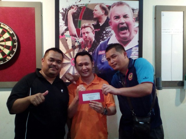 Nayu Cafe & Dart 2nd Double Competition 2015. Joint 3rd PDC Zoom.
