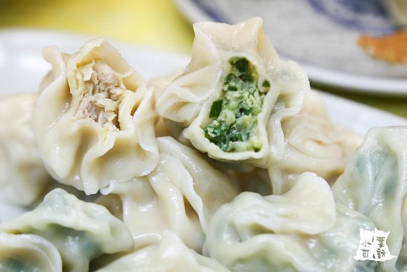 【新北市三重美食小吃】像筋斗雲一樣,很特別的煎餃,三重自強路上的天之餃子
