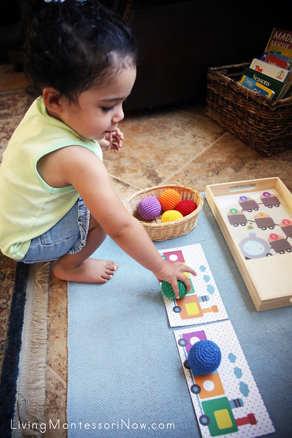 Matching Color Trains with Yarn Balls at 22 Months