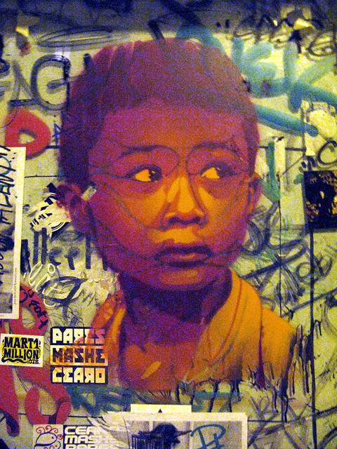 Stencil by Guaté Mao [Paris 18e]
