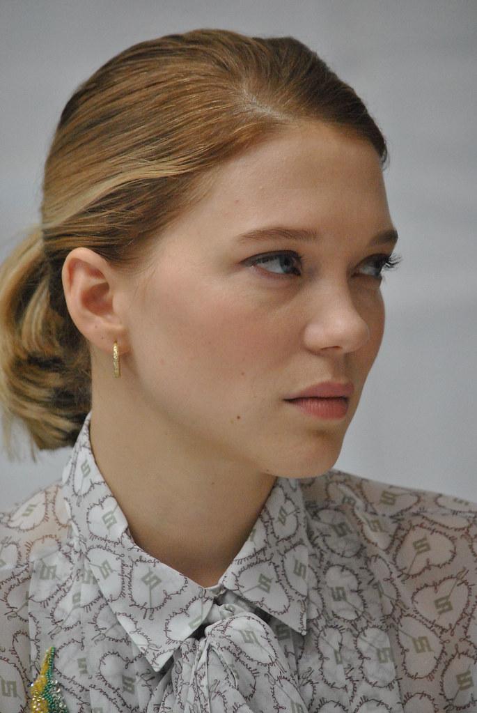 Леа Сейду — Пресс-конференция «007: СПЕКТР» 2015 – 54
