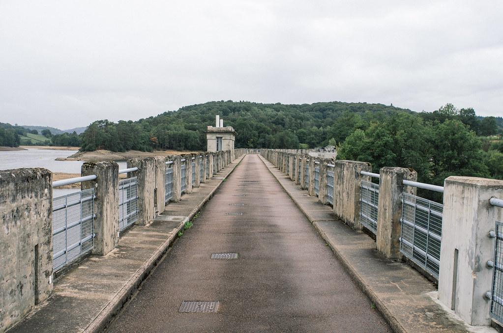Grande traversée du Morvan - barrage de Crescent