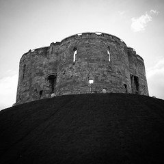 Clifford's Tower, York - looking a little confused... #iseefacesinthestrangestplaces #iseefaces