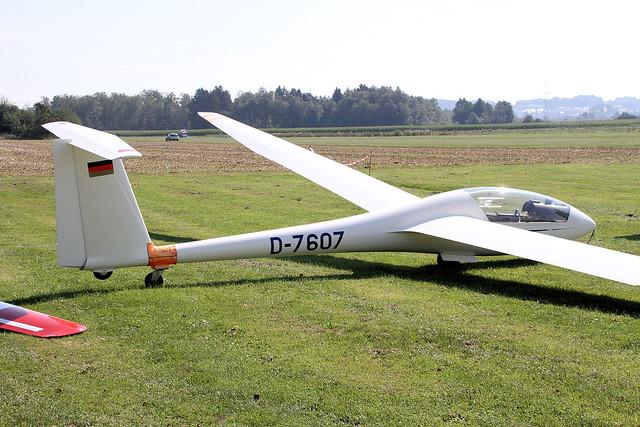 D-7607