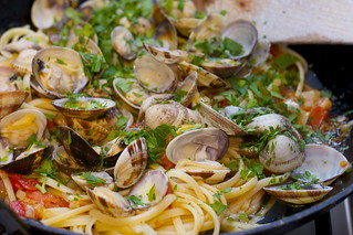 summer holiday clams