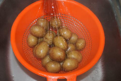 18 - Kartoffeln abgießen & abschrecken / Drain & refresh potatoes