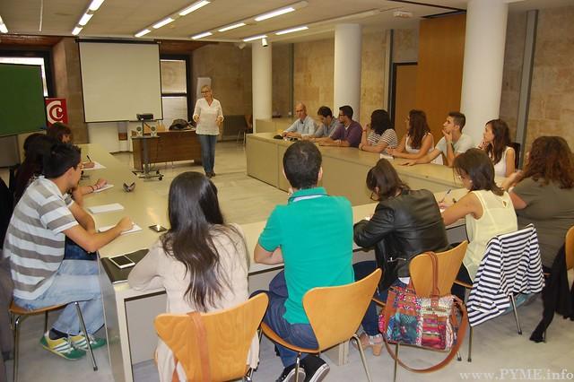 Asistentes de la I Lanzadera de Empleo de Salamanca en el Lunes Emprendedor de la Cámara de Comercio.