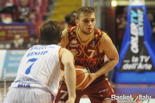 Reyer - Cantù: Stefano Tonut vs Brad Heslip