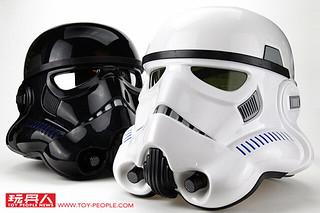 【得獎名單公布!】星戰迷必備收藏!孩之寶黑標系列《星際大戰》帝國風暴兵 & 闇影風暴兵 1:1 變聲頭盔開箱報告