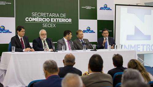 O Secretário-Executivo do MDIC, Marcos Jorge, participa da abertura do 2° Encontro Nacional dos Institutos de Pesos e Medidas - 06/12/2016