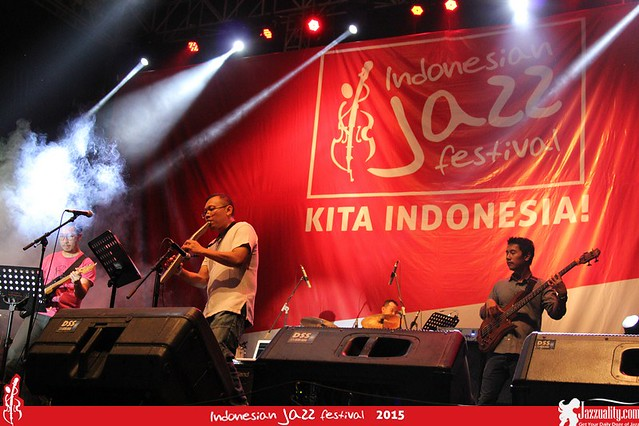 Indonesian Jazz Festival 2015 - Dony Koeswinarno Quartlectric (1)