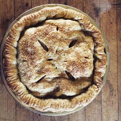 #HomeGrown #Pears with #maple & #ginger #pie
