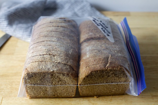 oat and wheat sandwich bread, to freeze