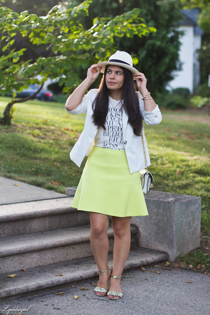 green skirt, kiss tee, white blazer, panama hat.jpg