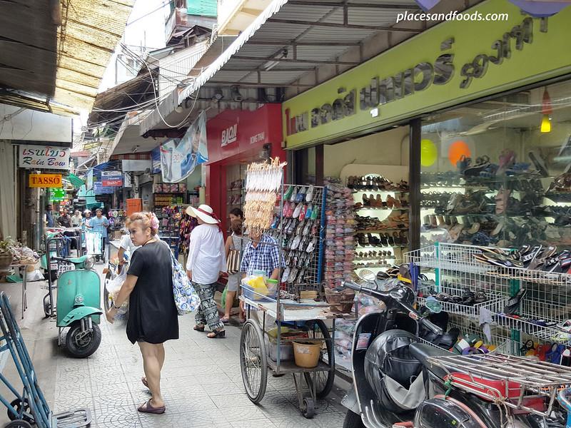 chinatown sam peng market stalls