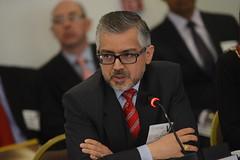 Derechos humanos y reformas legales sobre fuerzas de seguridad en Colombia