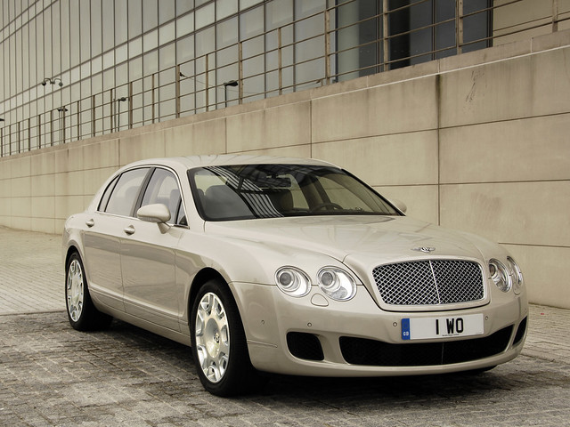 Bentley Continental Flying Spur 2008 года