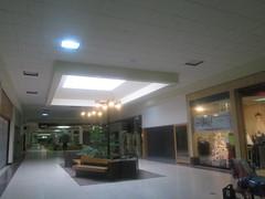 Dead Warren Mall