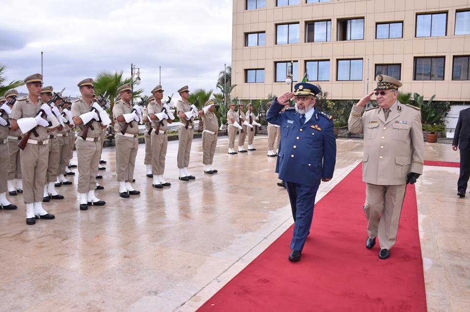 الجزائر : صلاحيات نائب وزير الدفاع الوطني - صفحة 4 30778372065_196c8c14bd_o