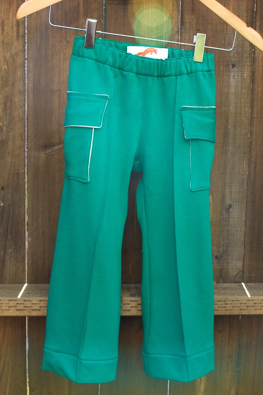 green pintuck_hanging pants