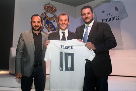 Raúl González, Director de Tecate en México, Emilio Butrageño, Director de Relaciones  y Franco María Maggi, Director de Marcas de CMHM