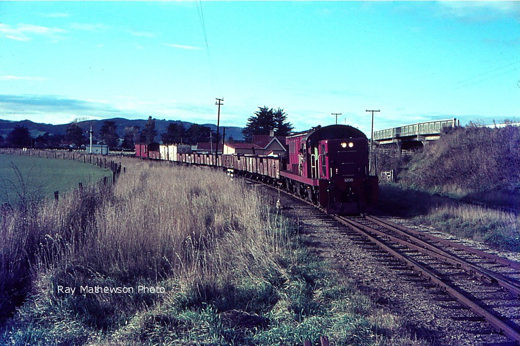 Passing through Clarksville Junction at the start of the Roxburgh Branch. I love it that the road bridge over the MSL remains today