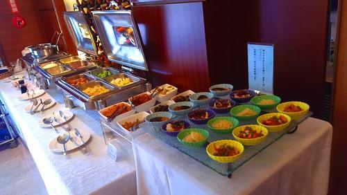 來台中逢甲不選日租而住宿鼎隆國際商旅的五個理由 (8)--早餐自助吧