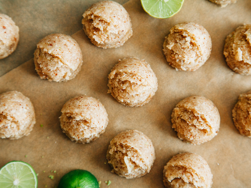 No-bake key lime macaroons