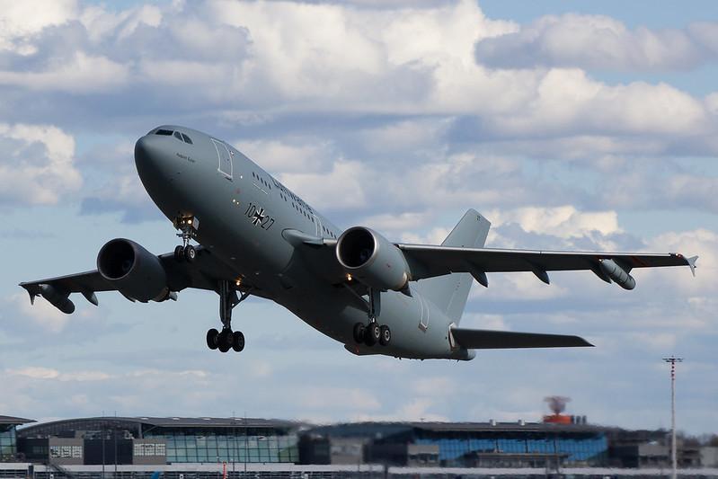 Luftwaffe - A310 - 10+27 (1)