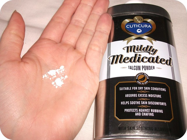 Cuticura Mildly Medicated Talcum Powder