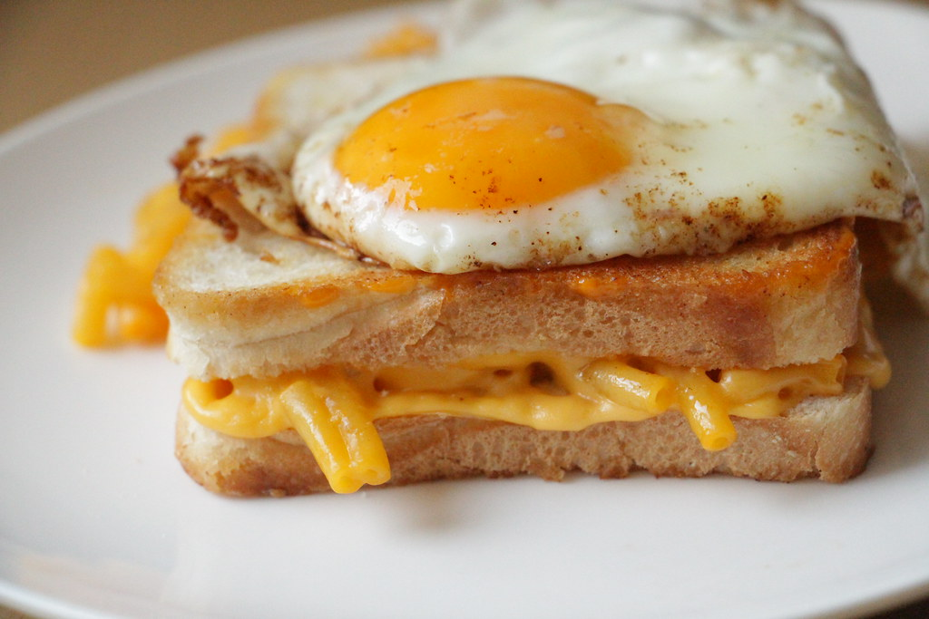 Hangover Sandwich - Mac and Cheese Grilled Cheese