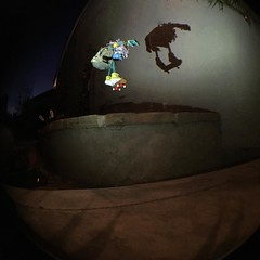 Hand-Me-Down came back with Grommet to get some flicks of their own... #theBelievablesMakeItOrBreakItTour #NeztekFB #skateboardingpuppets #skateboarding #TheBelievables