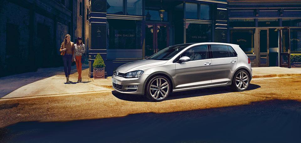 Цена Volkswagen Golf VII в Украине от 382 932 грн.
