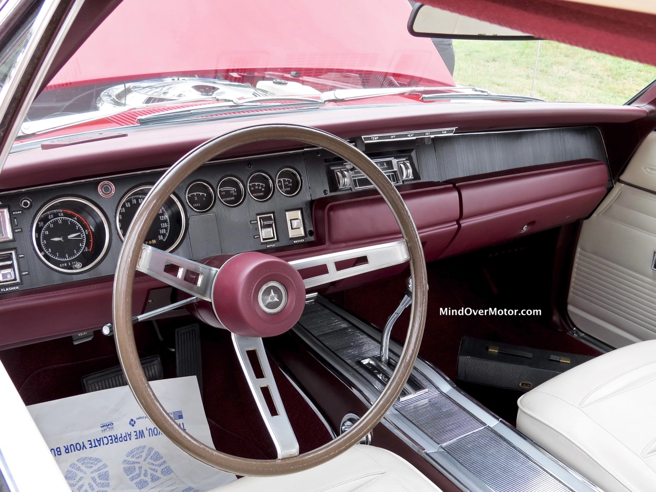 1968 Dodge Charger R:T Interior